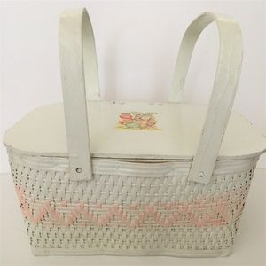 Other - Vintage 50's Childrens White Wicker Picnic Basket